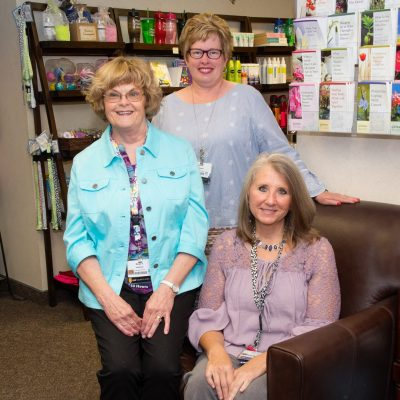 FMC Cancer Resource Center Volunteers